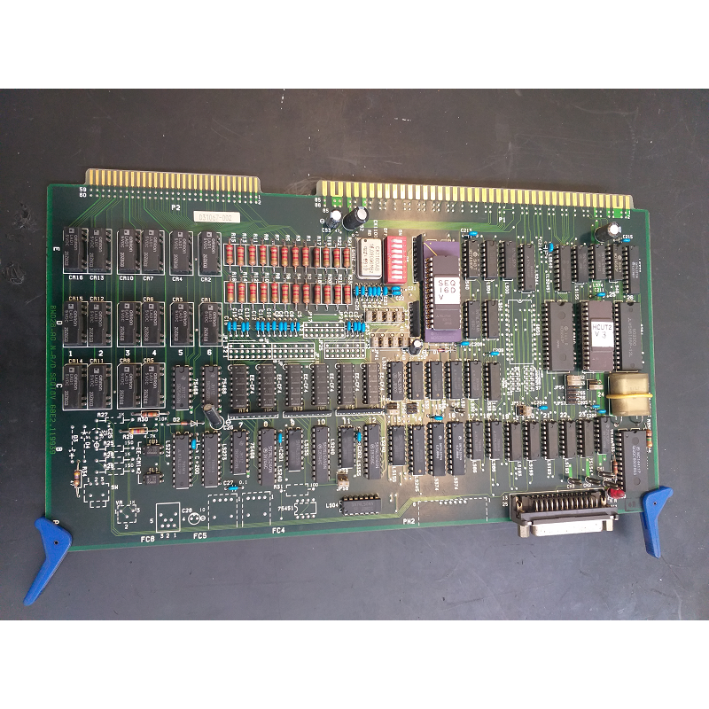 HITACHI CIRCUIT BOARD BW028-A0 N-A/0 SEQI0V 68E2.119939